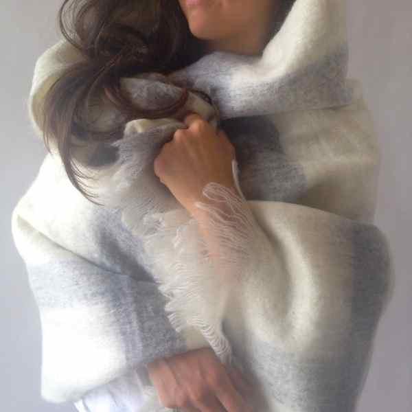 Throw faux mo woolmix 125x145 - White/Grey